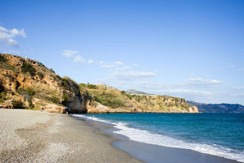 Vacaciones en Andalucía: entre el turismo organizado y el descanso de playa