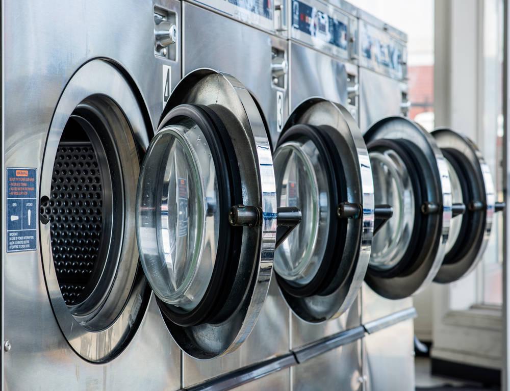 ¿Lavar tu ropa? No, ellos lo hacen por ti
